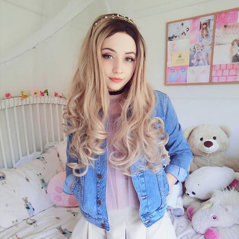 Ombre Ash Blonde Wavy Synthetic Lace Front Wigs HS2019